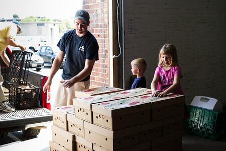 Tomato delivery Oxen Hill Farm | Boston Organics