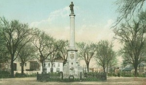 Soldiers' Monument, Chelsea, MA; from a c. 1905 postcard.