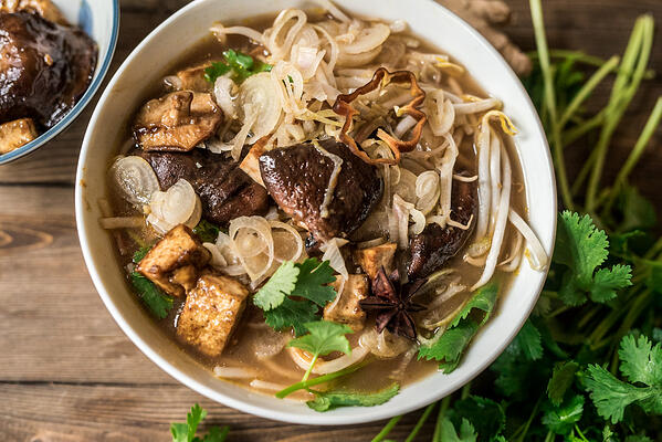 30_minute_pho_6_plated_ 01_1080px