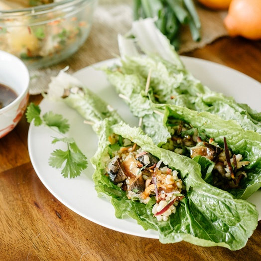 minneola-and-brown-rice-lettuce-wraps