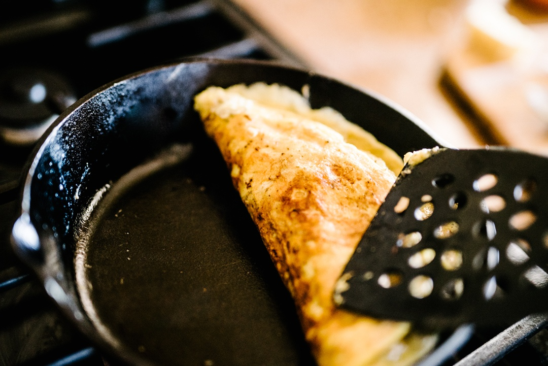Boston Organics - Making an Omelet