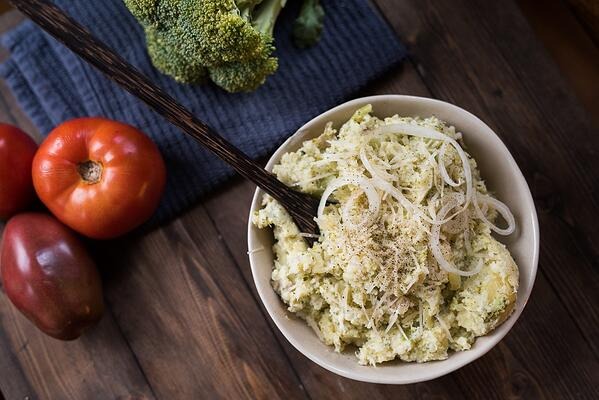 Asiago_Mashed_Potatoes_Broccoli_3_serve2_1080px