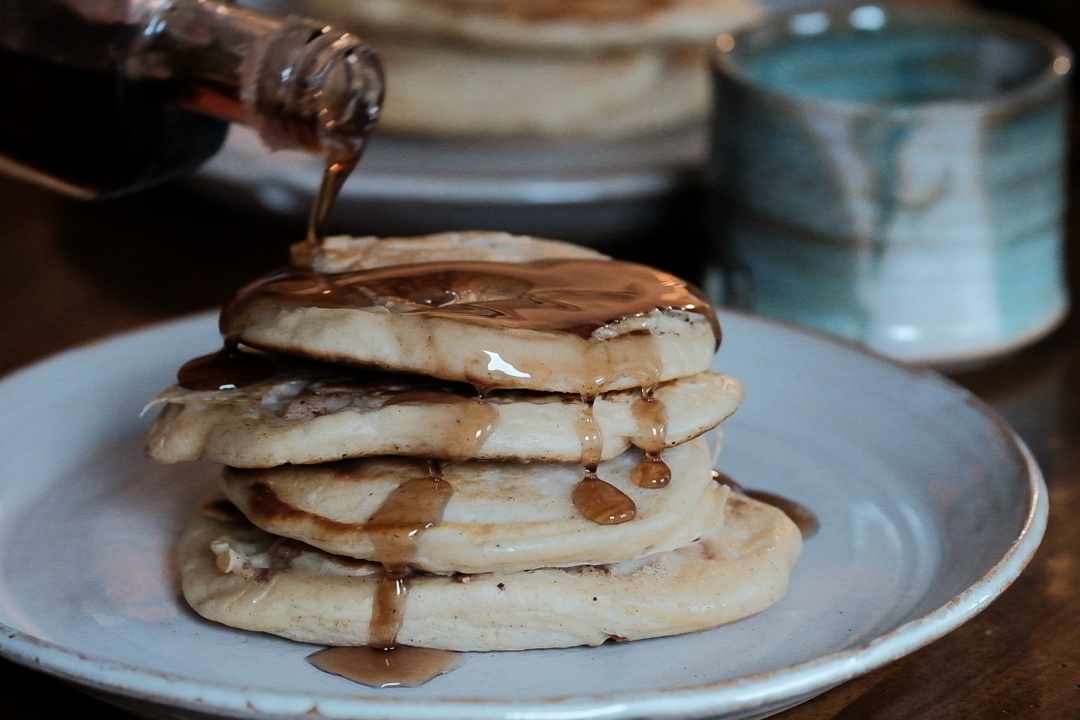 apple_pancakes_5_serve1_1080px.jpg