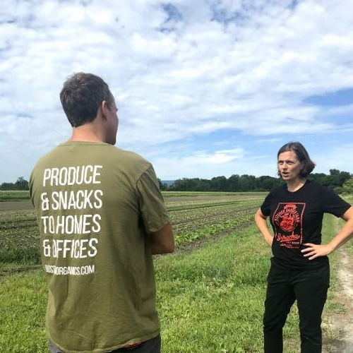 kitchen_garden_farm_082319_caroline_pam_jeff_barry_back_of_shirt_2
