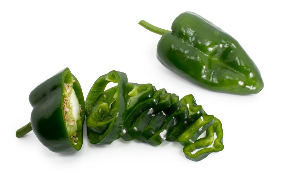 pepper_poblano_sliced3_1080px