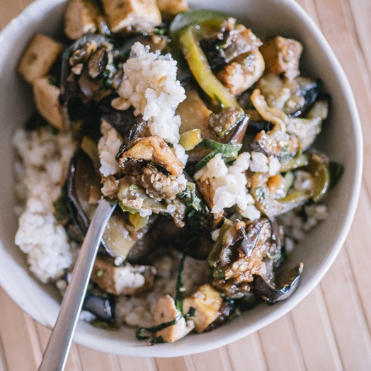 sriracha-tofu-with-eggplant-and-basil