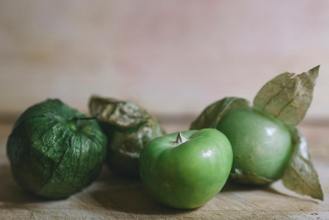 tomatillo_group3_1080px
