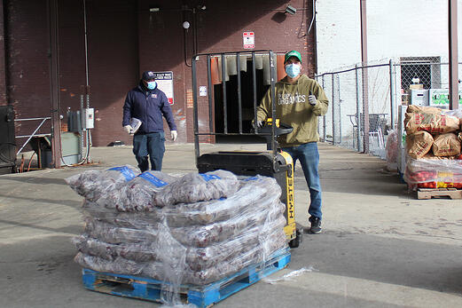 tday_donation_carlos_loading_dock2_gbfb_2021_1080px