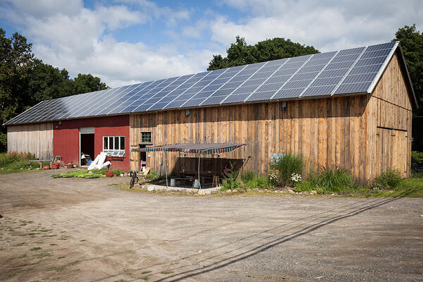 winter_moon_solar_panels_barn1_1080px