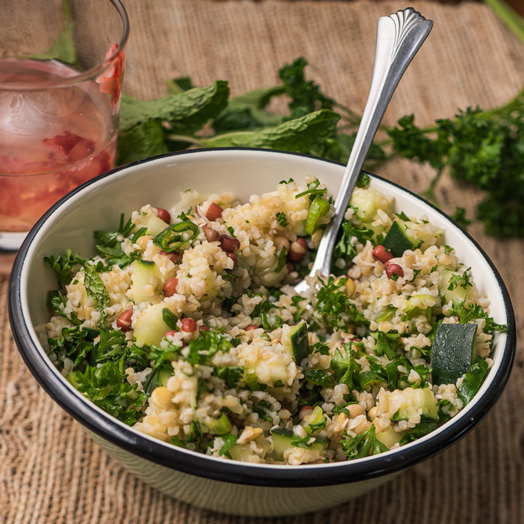 Tabbouleh-with-Sprouted-Adzuki-Beans-Lentils-and-Peas
