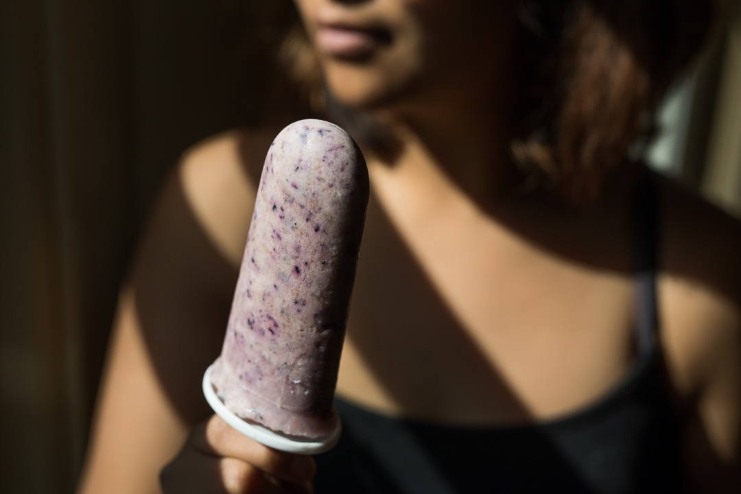 blueberry_yogurt_pops_4_serve_2_1080px.jpg