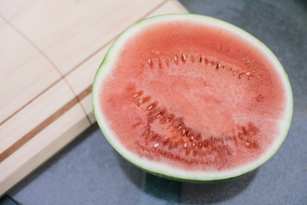 watermelon_halved1_1080px